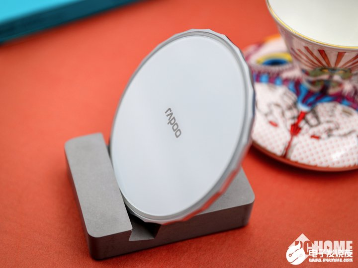 雷柏XC500无线充电器性能评测,具有绝佳的兼容性及安全性