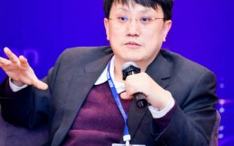 """多云和AI时代下的新运维,新华三展示""""1+1+1..."""