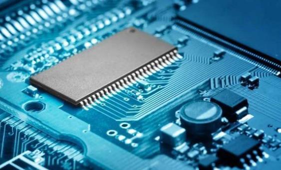 DDR5单条内存128GB不再遥远,性能和容量均兼备