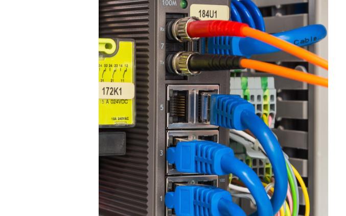 如何給PLC供電的變送器加信號隔離器