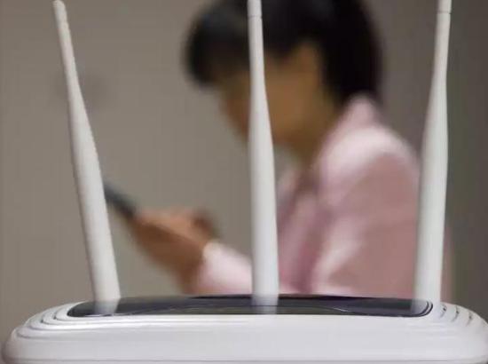 手機連上WiFi要關閉移動數據嗎