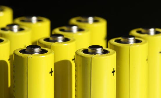 固態電池商業化進程持續加速 國內企業積極布局