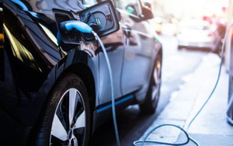 安全性是重要的前提,新能源汽车需进行电池升级