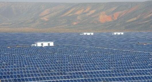 太阳能发电的方式可分为哪两大类_太阳能发电的寿命大约多少年