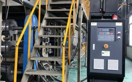 四輥壓延機輥筒溫控改造,模溫機控溫的應用優勢分析