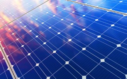 光伏離網系統為什么要配備儲能磷酸鐵鋰電池