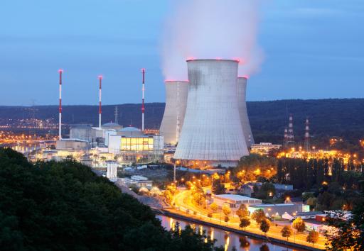 乌克兰表示切尔诺贝利核电站禁区已无明火 将继续处理未燃尽的树桩和木头