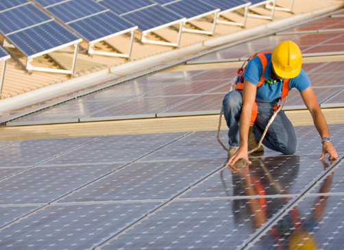 曝科学家制造出一种效率接近50%的太阳能电池 即使在太阳光下的转换效率也高达39.2%