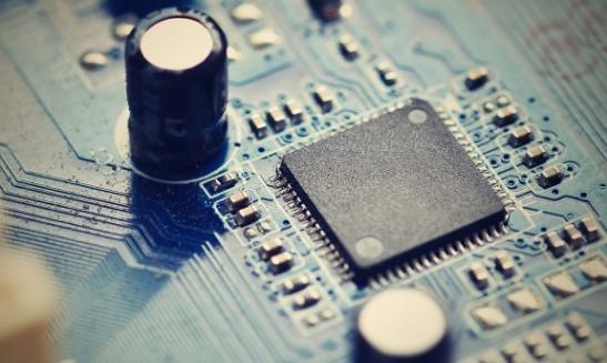 AL如何去检测电解电容是否完好,简单方法的介绍