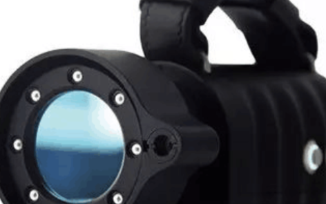 进行便携式扫描仪对轨道交通零部件的扫描轨道交通的...