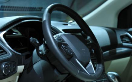 分析智能汽車環境感測的三種主流傳感器