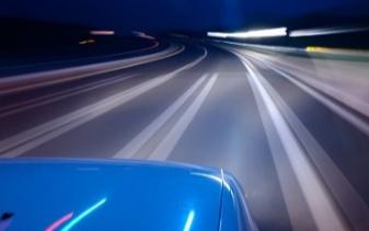 科學技術的發展將使我們更加的接近無人駕駛