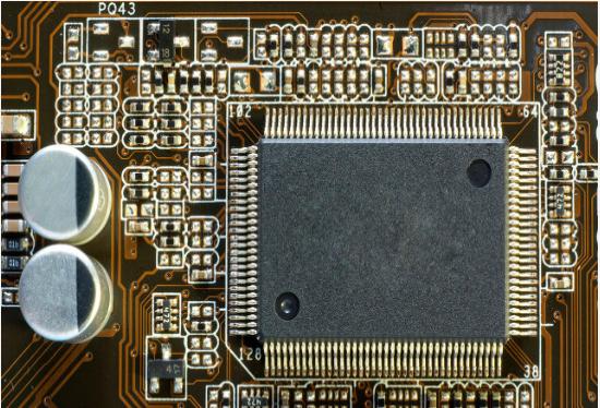 怎么样才能对PCB布线和电磁兼容性实现设计约束