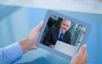 在视频通话中,眼神交流也会激活自主神经系统