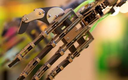 機器人應用十分廣泛,但有些挑戰仍待解決