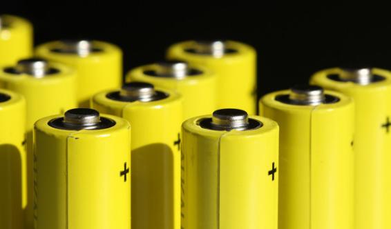 AL t4518521164465152 锂硫电池迎来革命性进展,存储性能提升数倍