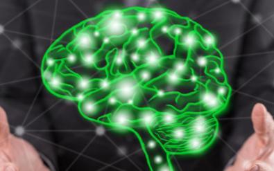 如何利用人工智能技術來發現并設計藥物