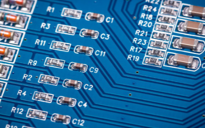 ST推出首款可配置集成限流器,可降低BOM成本