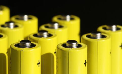 电池鼓包会爆炸吗_电池鼓包怎么能恢复