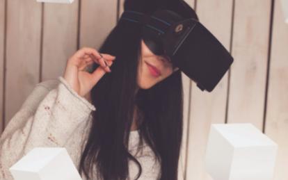 三层架构内容打造VR竞争力,3D体验不一样的VR