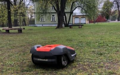 清���C器人的新�C遇,室外�鼍��用崛起