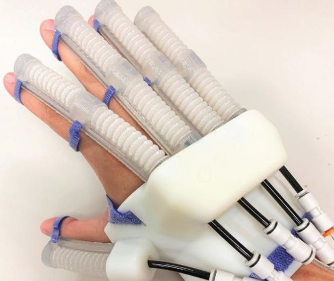 神奇的軟體康復機械手套——采用ACEO? 有機硅3D打印的軟體機器人