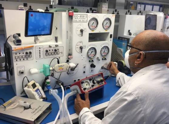 PTC用AR助攻英国国家队 加速增产呼吸器系统