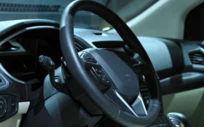 如何将红外传感器应用到汽车系统之中