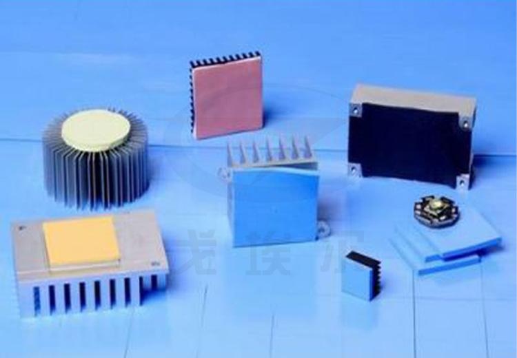 导热硅脂与导热硅胶片有哪些区别呢?