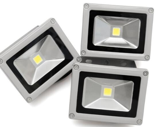 LED投光燈安裝步驟及注意事項