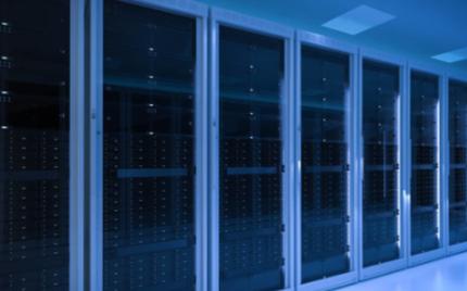云数据中心、服务器和网络连接的发展趋势分析