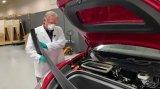 汽車專家Sandy Munr開始拆解特斯拉Model Y
