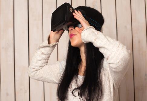 VR眼镜的四大品牌推荐