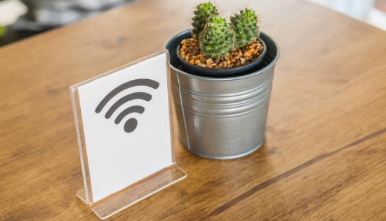 AL t4517767521059840 为什么5G时代下的Wi-Fi不会消亡反而更加重要