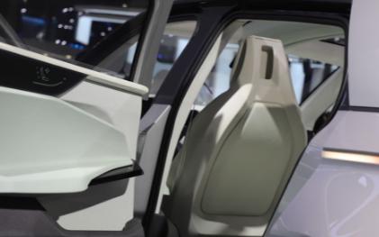 随着5G汽车的发展,将重新定义未来人类的出行