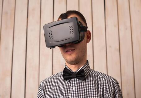 VR技术的发展怎么样?成熟吗?
