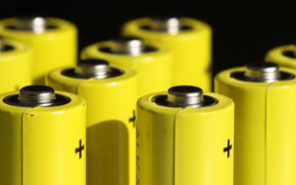 未来不易燃的锂金属电池将会替代传统电池