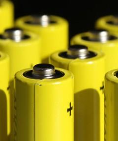 三元电池依然是是新能源汽车动力电池的主流选项之一