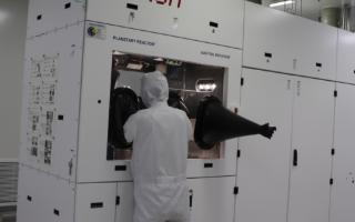 源杰半导体12波MWDM激光器芯片量产,在5G前传网络实现规模商用部署