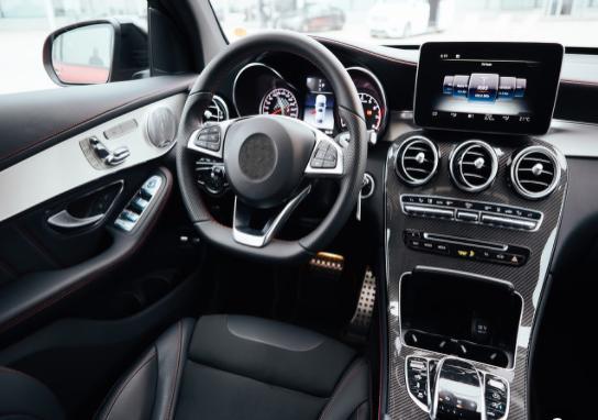 蘋果新專利:汽車安全帶和車頂安裝安全氣囊