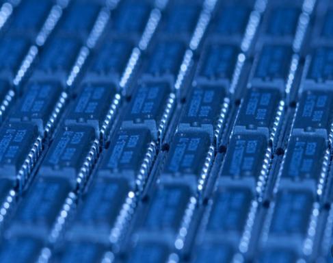 如何选好合适的全硅MEMS振荡器?