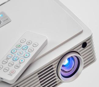 功能丰富的电源管理IC增强电池供电型IoT产品设...