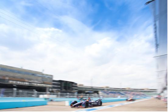 第六赛季电动方程式锦标赛重燃战火 远景维珍车队将全力以赴