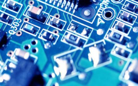 选择PCB材料需要思考哪些因素