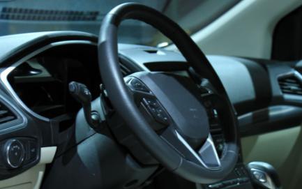 汽车行业中热熔胶点胶加工所用的热熔胶特点