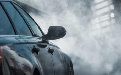 熱熔膠點膠加工所用的熱熔膠在汽車上的應用