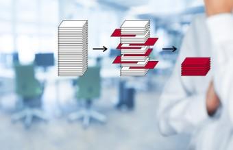 运用大数据等技术,加强对评价数据的跟踪分析和综合挖掘