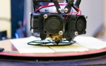 浅谈直线电机在3D打印变色杯中的应用