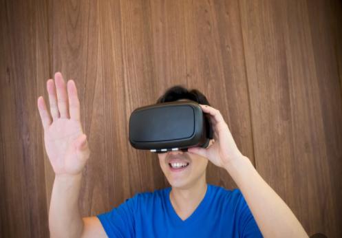 5G发展将扫清应用障碍,推动AR/VR市场的成熟和发展