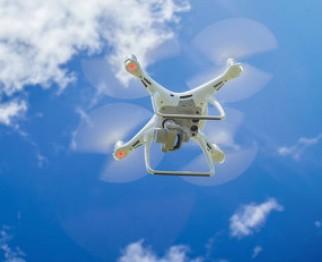 新興防治技術:植保無人機